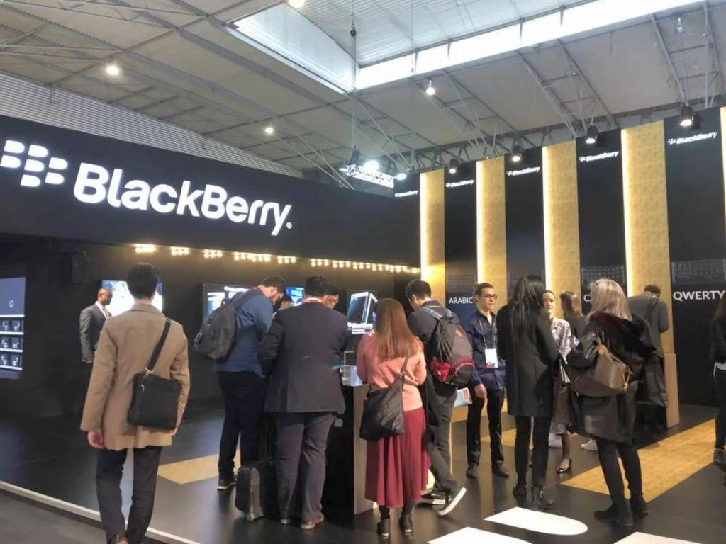 Η BLACKBERRY πούλησε 90 διπλώματα ευρεσιτεχνίας στην Huawei.....με άγνωστο περιεχόμενο!